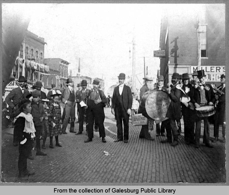 Galesburg Street Fair - 1899.  Awaiting President McKinley's arrival.